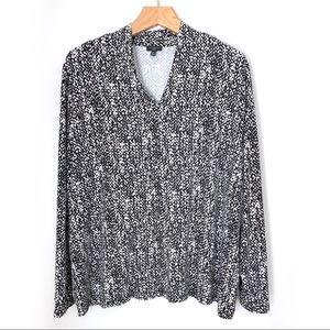 Talbots Long Sleeve B&W Pattern V Neck Tee Size 3X